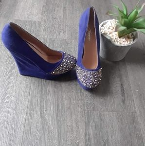 🌼Forever blue high heels size 8🌼